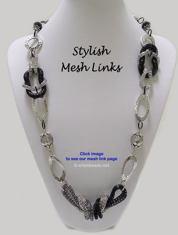 Stylish Mesh Link Necklace
