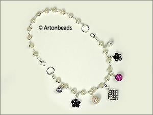 Feminine pearls