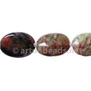Red And Green Garnet - Oval - 18x13mm